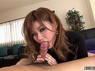 Pretty Asian babe Mao Mizusawa bangs doggy style w
