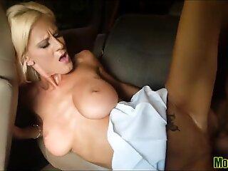 Nice Natural Tit MILF drilled
