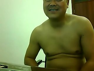 Chinese daddy webcam solo