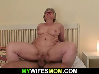 Wife finds her mom and boyfriend fucking