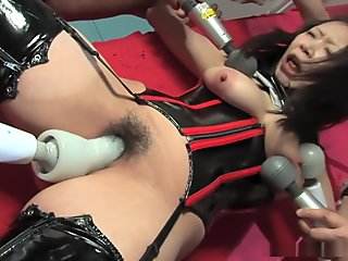 Eri Kitahara can not have enough of multiple stimulation with vibrators
