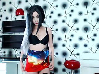 Slutty Asian Camgirl Entertains On Cam